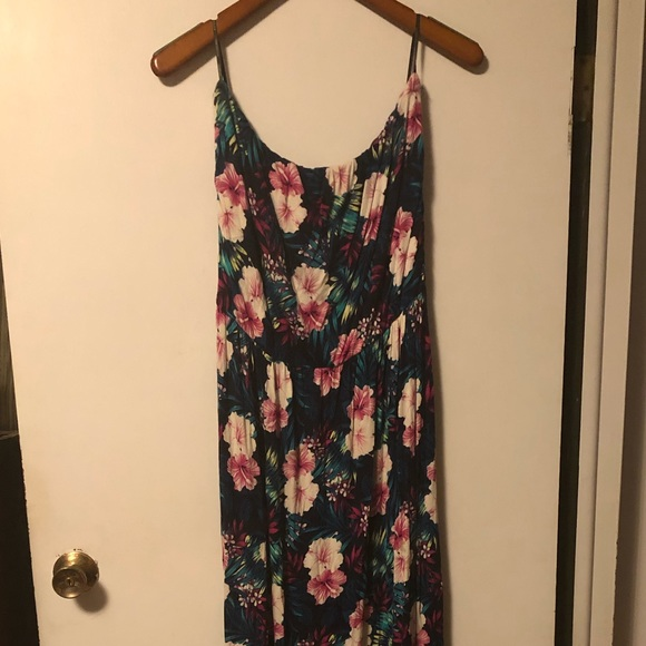 Plus size, tropical print, sleeveless, maxi dress